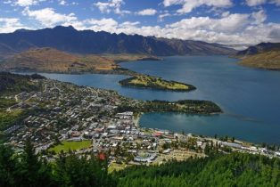 Explore Queenstown New Zealand